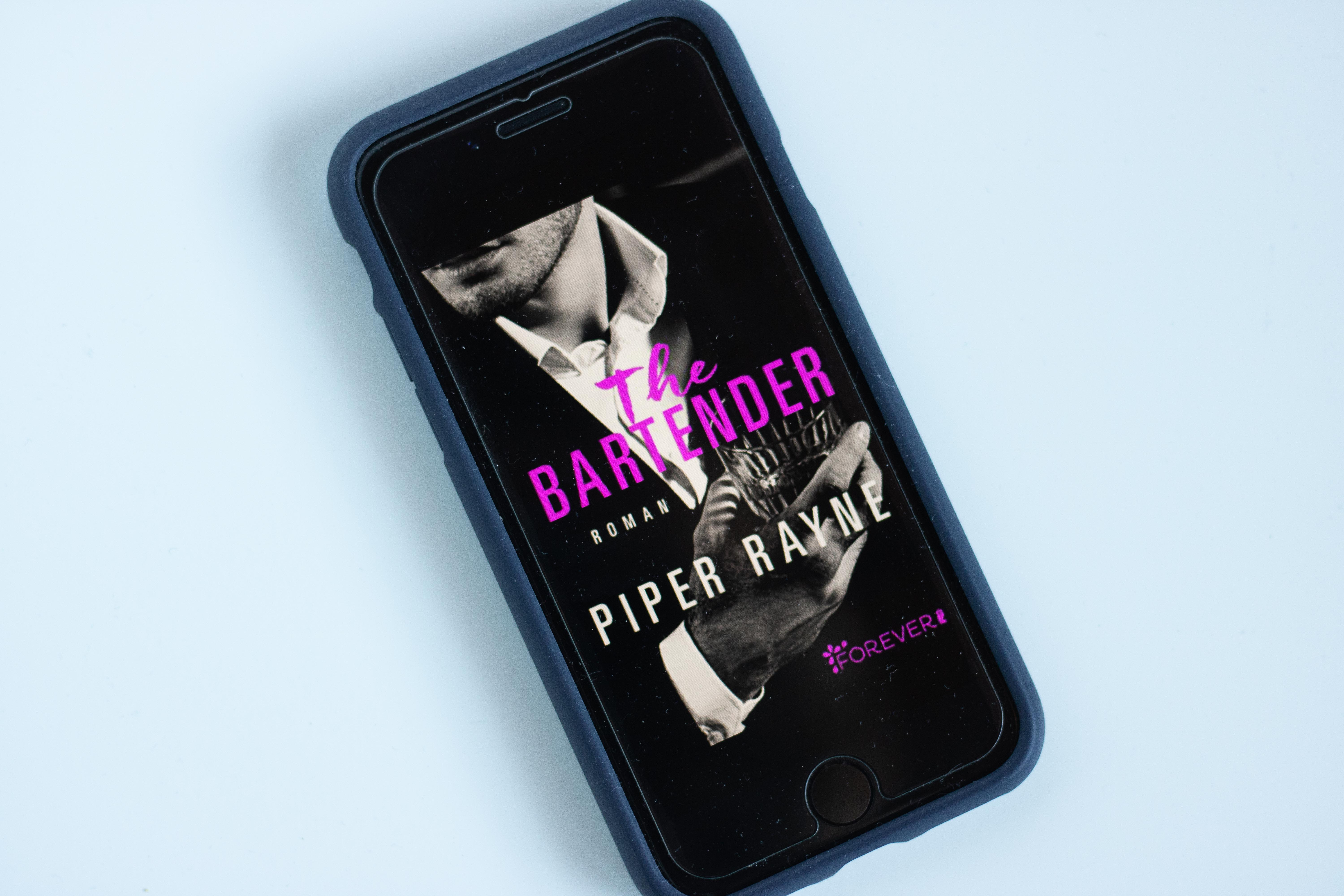 The Bartender | Piper Rayne