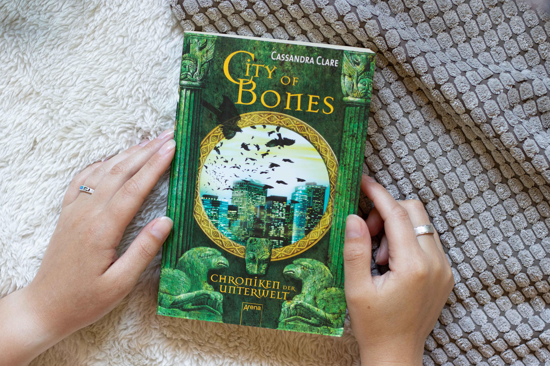 City of Bones – Cassandra Clare