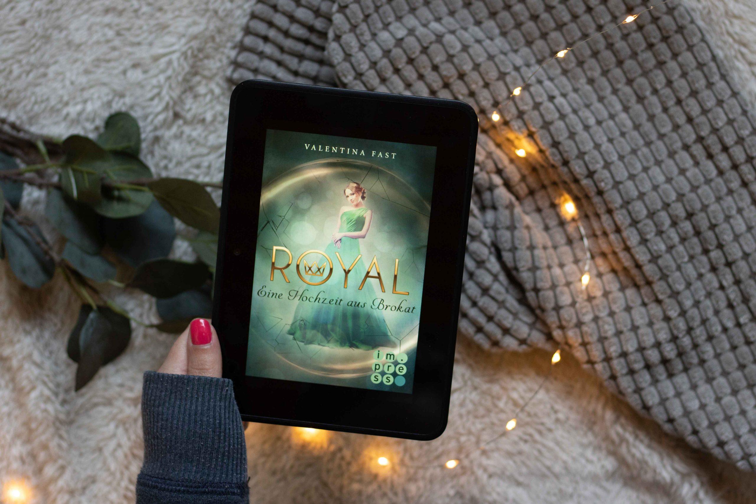 Royal – Eine Hochzeit aus Brokat | Valentina Fast