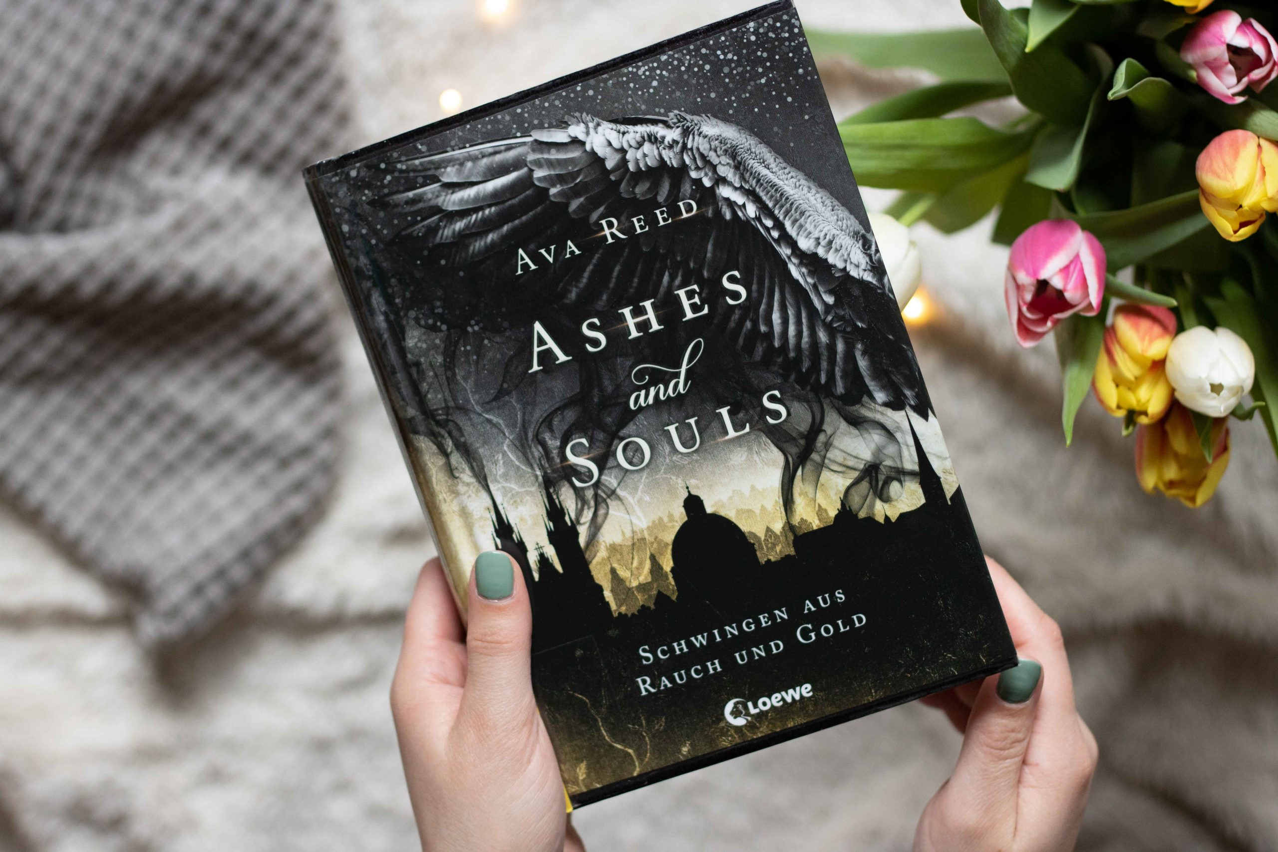 Ashes & Souls – Schwingen aus Rauch und Gold | Ava Reed
