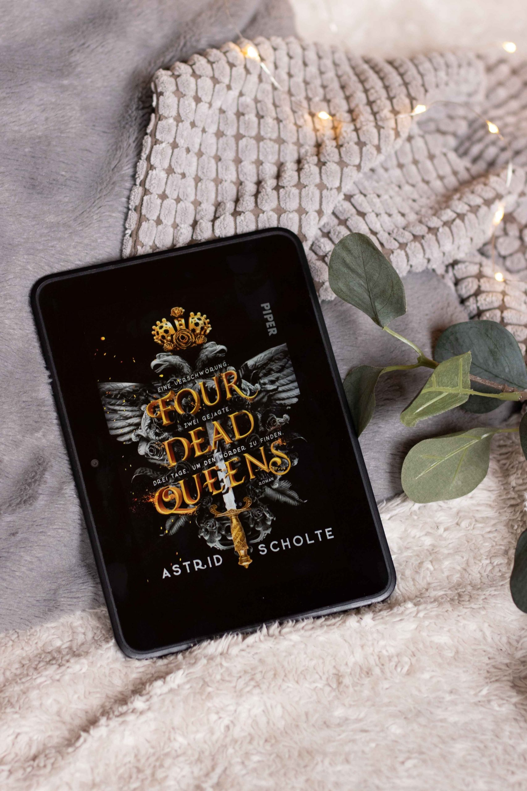 Four Dead Queens | Astrid Scholte