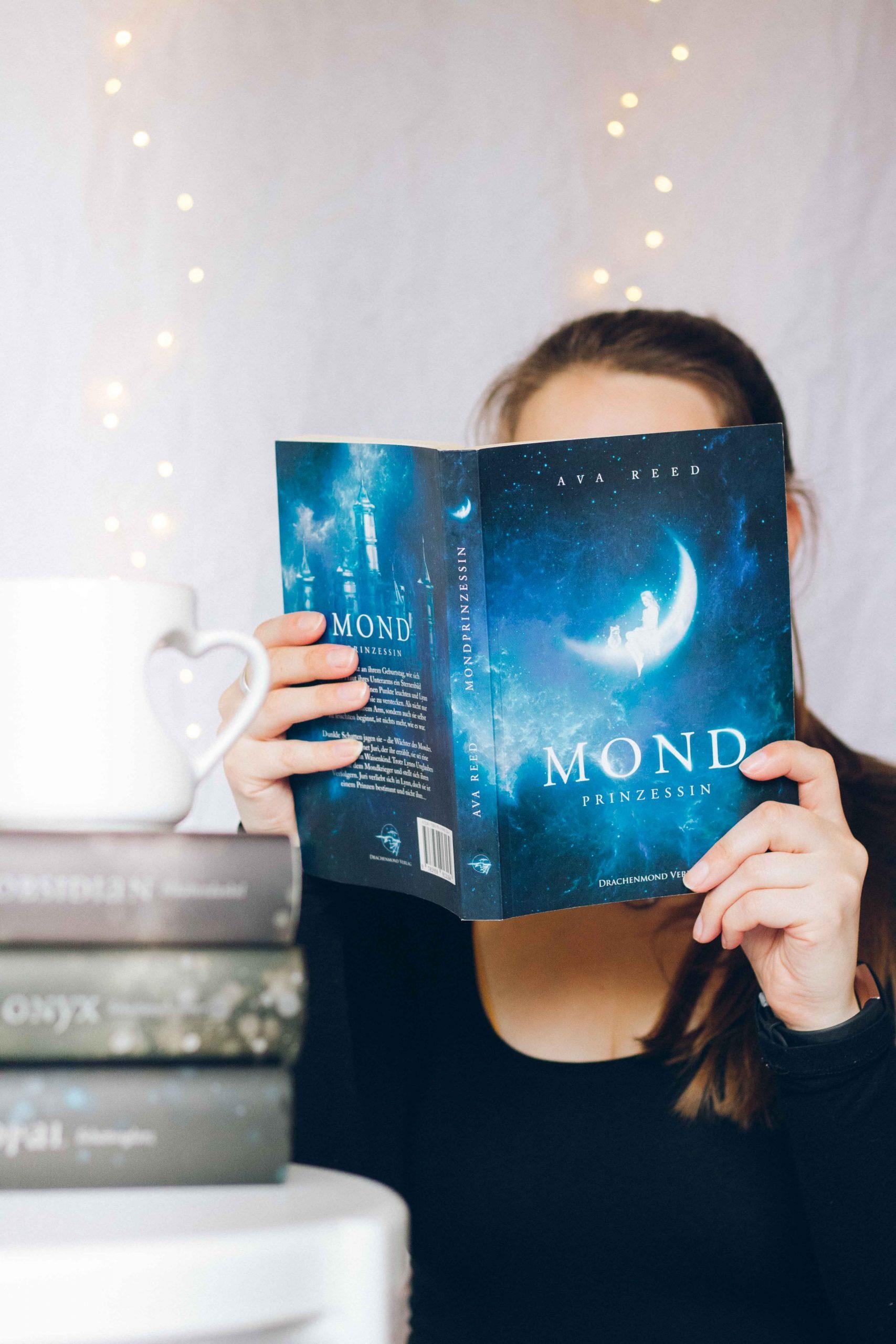 Mondprinzessin | Ava Reed