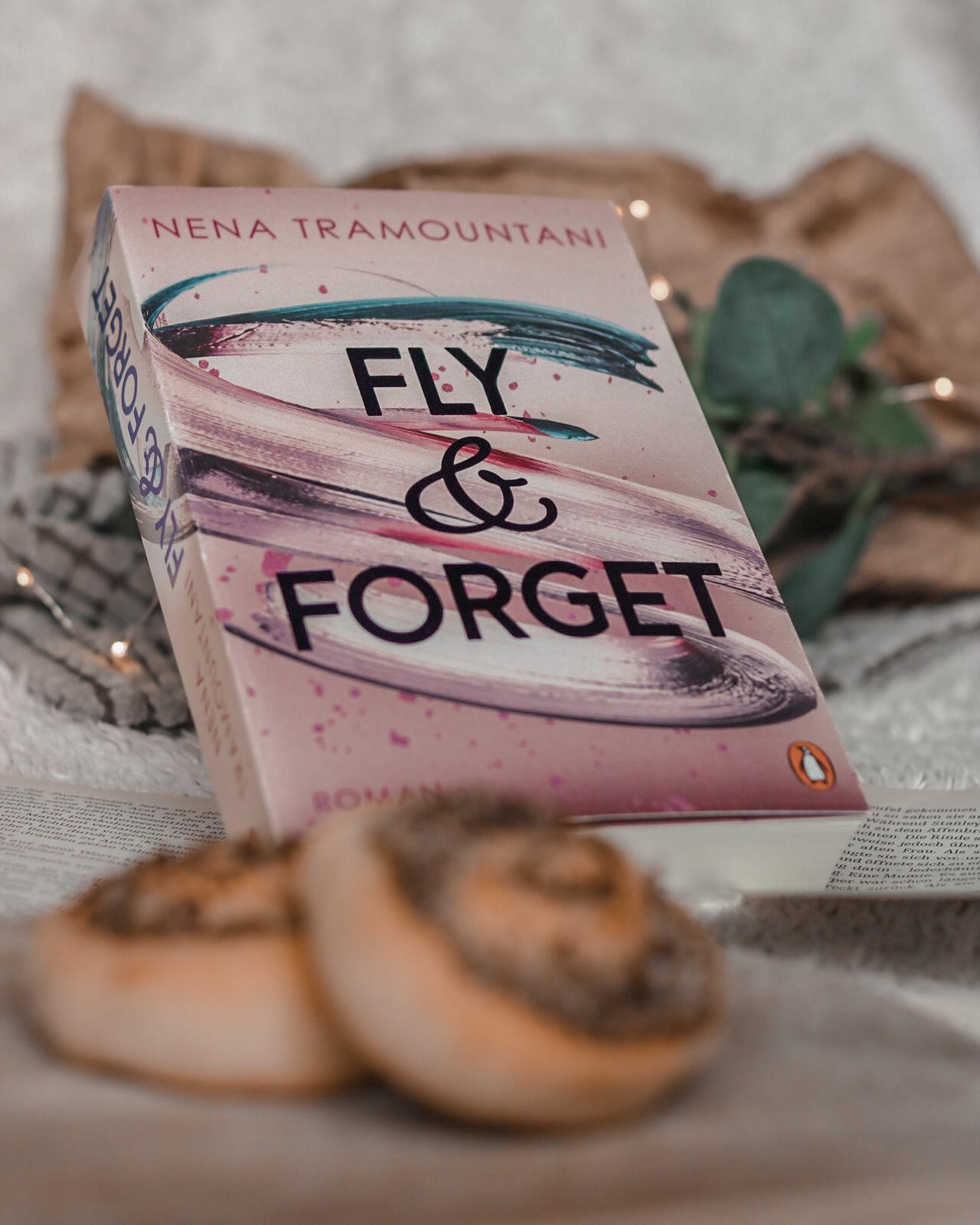 Fly & Forget – Soho Love #1 | Nena Tramountani